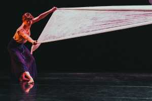 company-concentric-remainder-dance-production-008