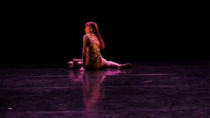 Yanaëlle-Thiran-dancing-Swapping-Shadows-2018-Photo-by-Maddie-Elliott-DSCF3110